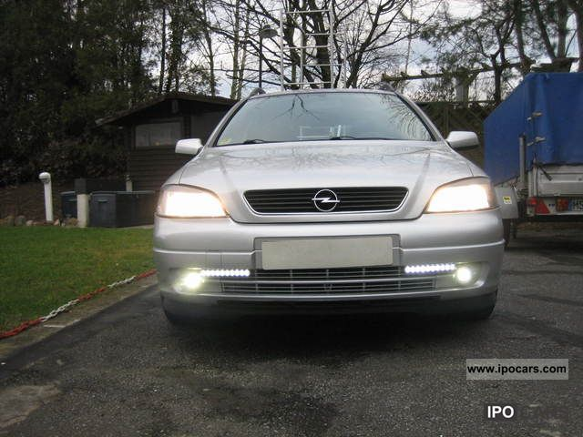 2003 Opel  Astra Caravan 1.7 DTI Njoy Estate Car Used vehicle photo