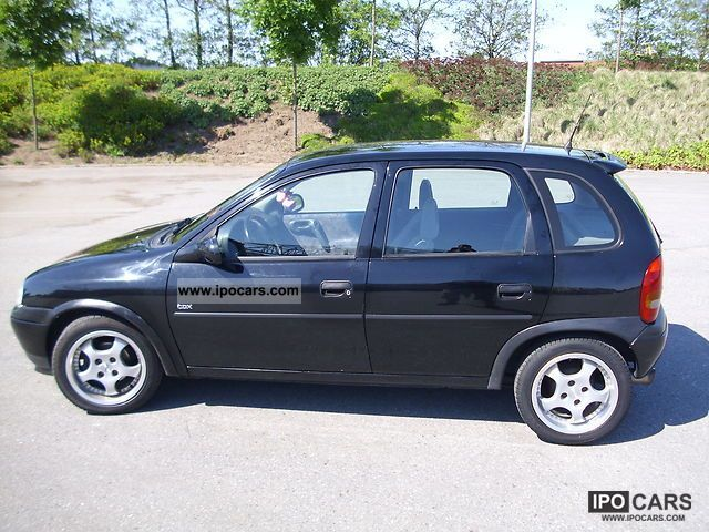 1998 opel corsa sport world cup car photo and specs. Black Bedroom Furniture Sets. Home Design Ideas