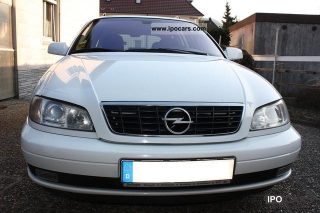 2003 Opel  Omega Caravan 2.5 DTI Edition Estate Car Used vehicle photo