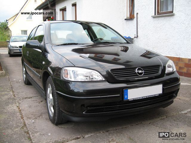 2000 Opel  Astra G 1.6 + heater + towbar + 8x Limousine Used vehicle photo