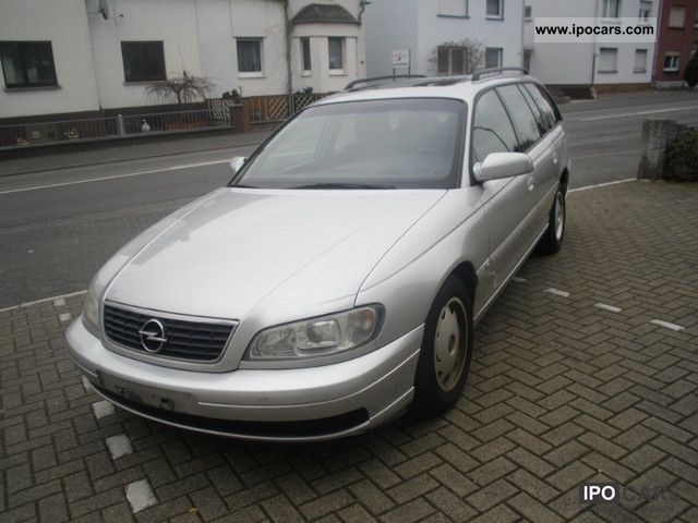 2004 Opel  Omega Caravan 2.5 DTI Edition Estate Car Used vehicle photo