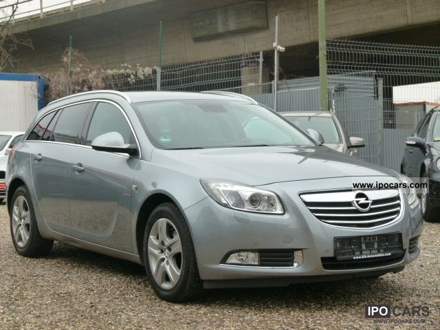 2010 Opel  Insignia Sports Tourer 2.0 CDTI Sport Automatic Estate Car Used vehicle photo