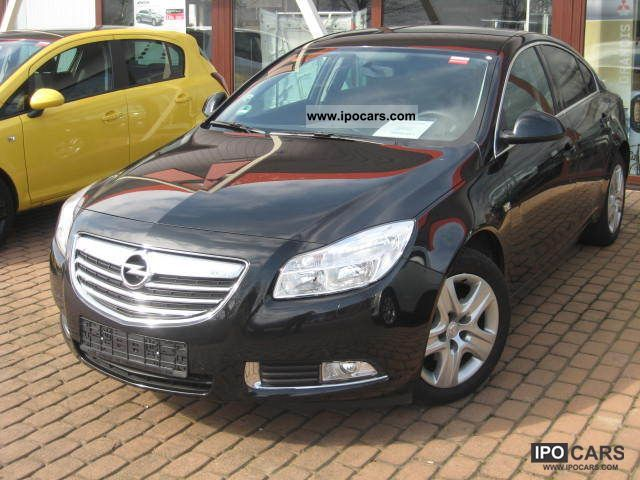 2011 Opel  Insignia 1.8 Design Edition Limousine Used vehicle photo