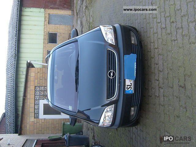 2002 Opel  Zafira 2.0 DTI Elegance Van / Minibus Used vehicle photo