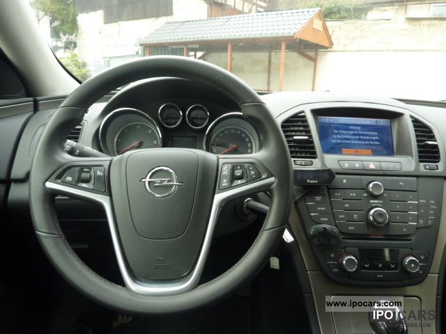 2010 Opel   Insignia 2 0cdti Editionecoflex Navi  Alu18