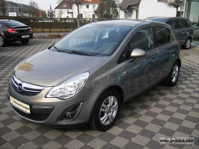 2011 opel satellite astra 5d car photo and specs. Black Bedroom Furniture Sets. Home Design Ideas