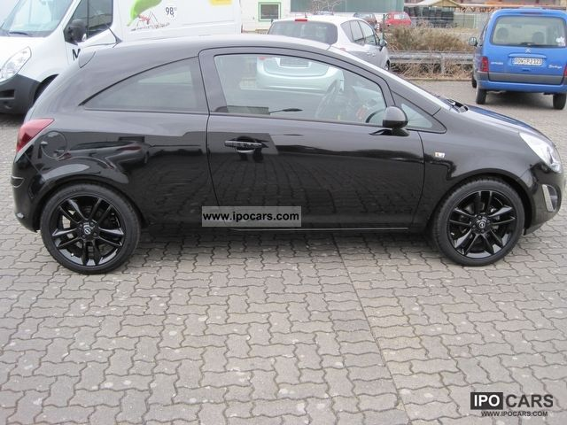 2011 opel corsa color edition 14 3 door limousine used vehicle photo - Opel Corsa Color Edition