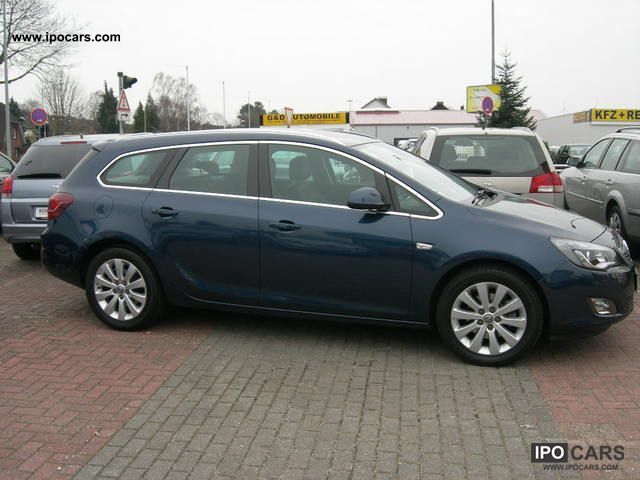 2011 opel astra sports tourer 1 7 cdti innovation standhe. Black Bedroom Furniture Sets. Home Design Ideas