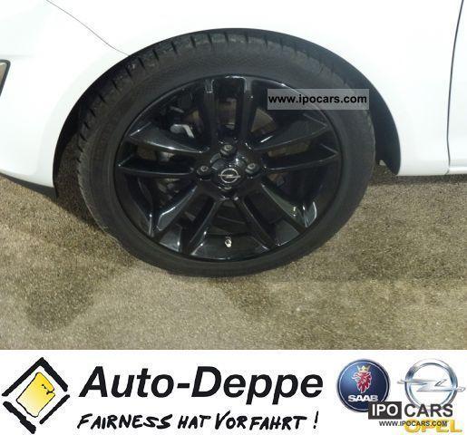 2011 Opel Corsa 3-door 1.2 Twinport Color Stripes + Easytr