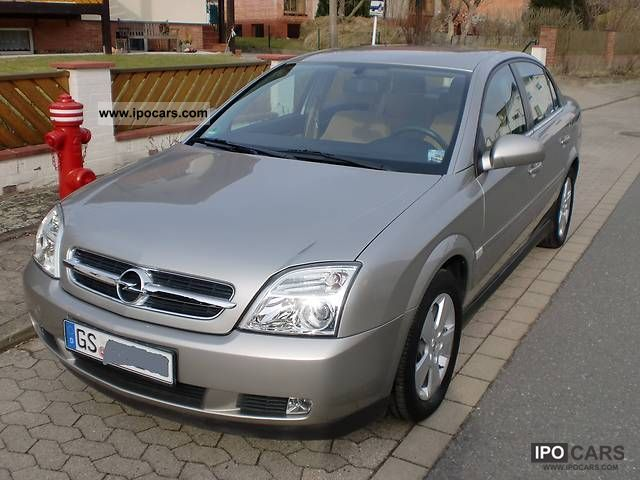 2004 Opel  Vectra 1.6 Elegance Limousine Used vehicle photo