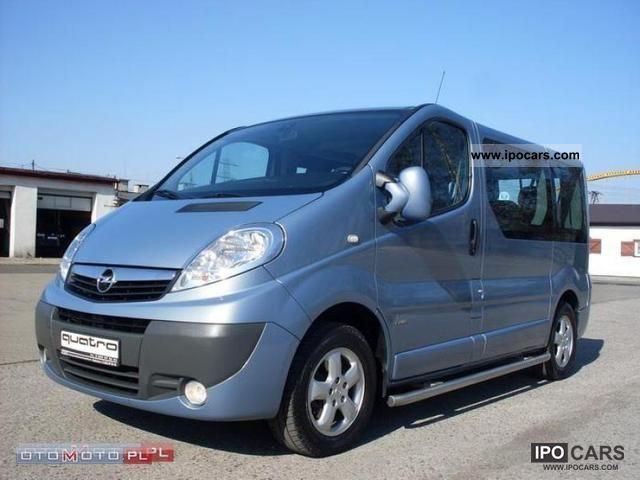 2009 Opel  Vivaro 7 osob AIR ALU PDC! Van / Minibus Used vehicle photo
