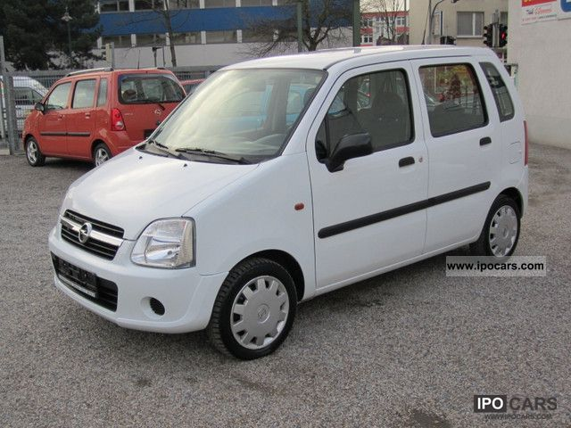 2004 Opel  Agila 1.0 12V Small Car Used vehicle photo