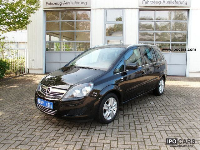 2010 Opel  Zafira 1.6 ecoFLEX Edition 111 years Van / Minibus Used vehicle photo