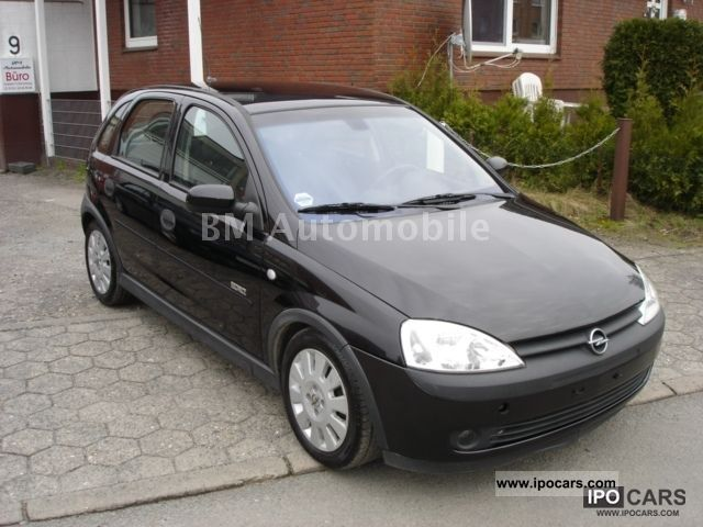 2002 opel corsa 1 7 dti 16v climate control sh mfl navi. Black Bedroom Furniture Sets. Home Design Ideas