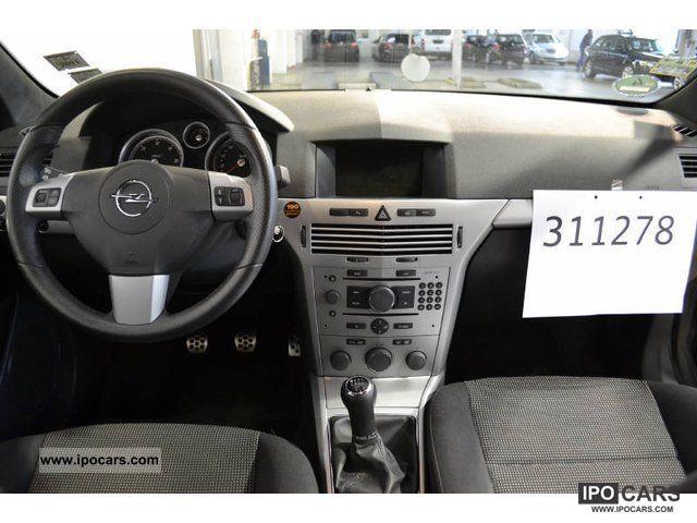 ... 2008 Opel Astra GTC 1.7 CDTI DPF Sport, Navi Limousine Used vehicle photo 4
