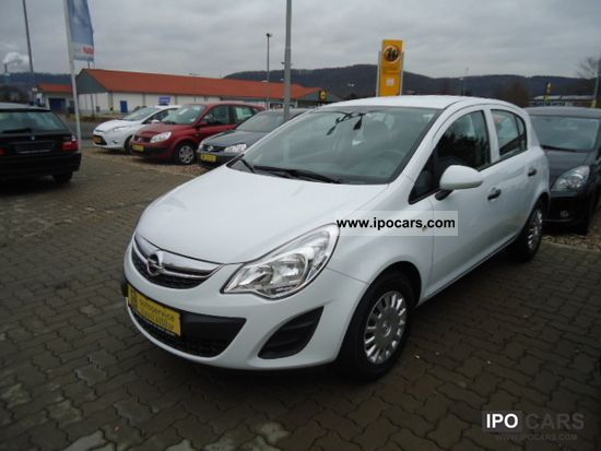 2011 opel selection corsa d 1 4 from camp car photo and. Black Bedroom Furniture Sets. Home Design Ideas