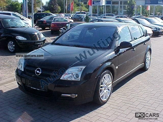2004 Opel  Signum 3.2 V6 Sport gr.Navi Limousine Used vehicle photo