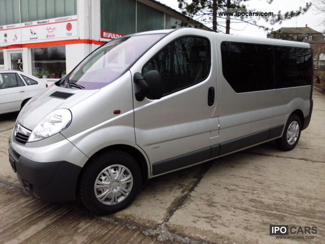 2010 Opel  Vivaro 2.0 CDTI L2H1 Do.Klima 9-seater Van / Minibus Used vehicle photo