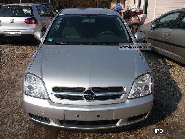 2004 opel vectra c hatchback 2 2 direct car photo and specs. Black Bedroom Furniture Sets. Home Design Ideas