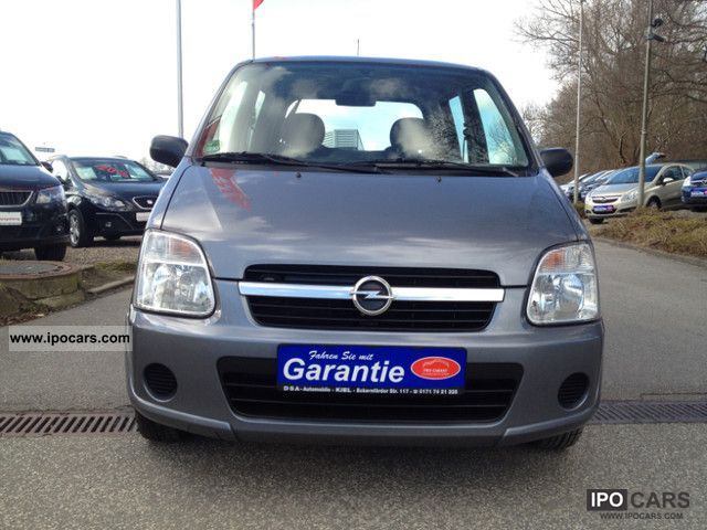 2005 Opel  Agila 1.2 16V \ Small Car Used vehicle photo