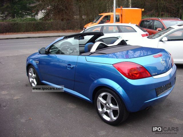2005 opel tigra twin top 1 4 car photo and specs. Black Bedroom Furniture Sets. Home Design Ideas