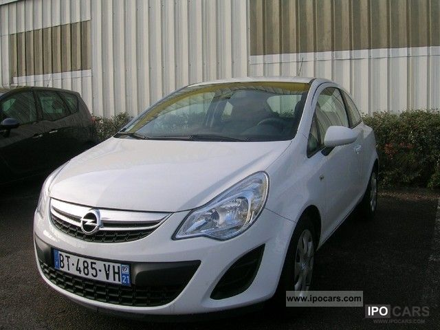 Opel  CORSA EDITION 12 GPL 3P 2011 Liquefied Petroleum Gas Cars (LPG, GPL, propane) photo