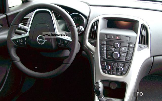 2012 opel astra 1 4 turbo sports tourer 150 years of opel. Black Bedroom Furniture Sets. Home Design Ideas