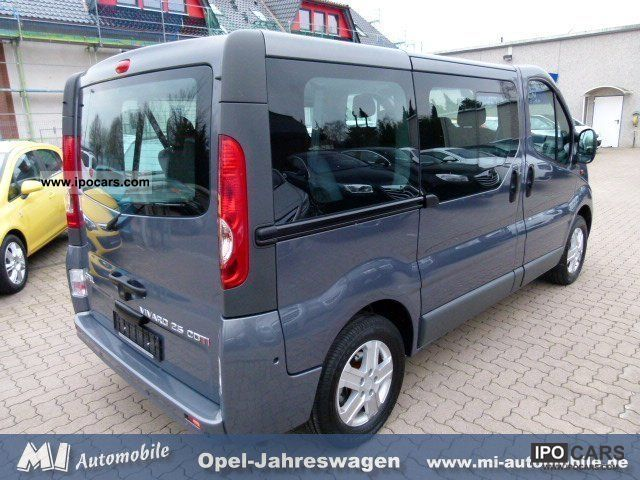 2011 opel vivaro 2 5 cdti tour 9 seater navigation. Black Bedroom Furniture Sets. Home Design Ideas