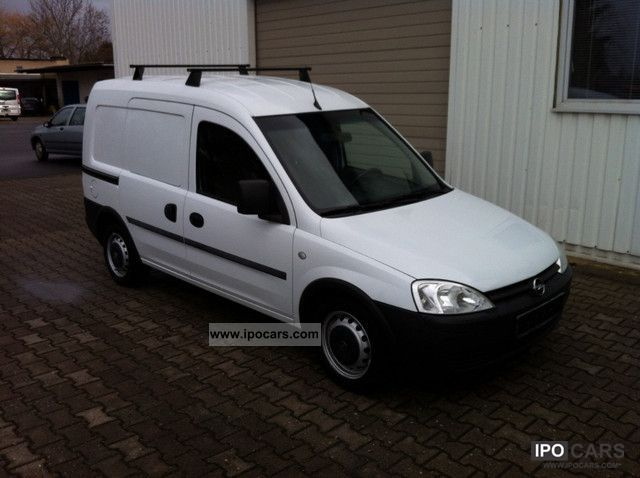 2005 Opel  Combo 1.7 Van / Minibus Used vehicle photo