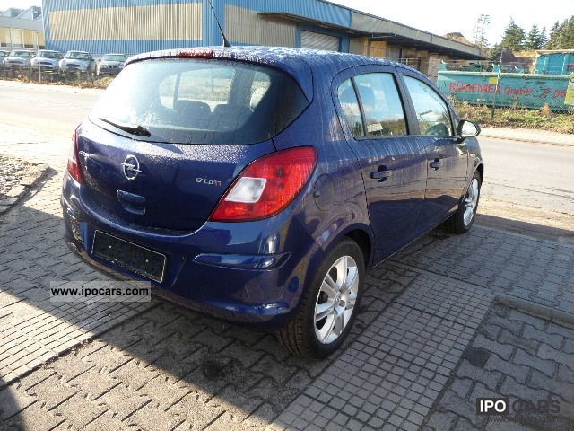 2009 opel corsa 1 7 cdti innovation car photo and specs. Black Bedroom Furniture Sets. Home Design Ideas