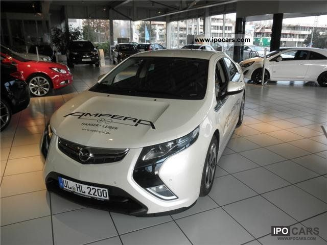 2011 Opel  Ampera ePionier Edition Limousine Demonstration Vehicle photo