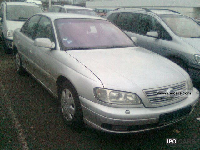 2001 Opel  . Omega 2.2 EURO 3: AND D4 Limousine Used vehicle photo