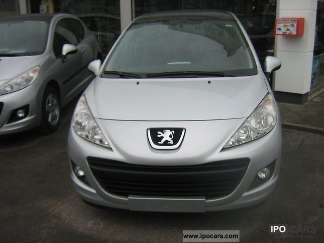 2010 Peugeot  207 95 VTi Urban Move Small Car Used vehicle photo