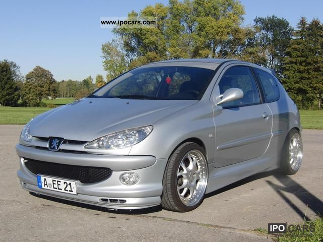 2004 Peugeot  206 110 Quiksilver Small Car Used vehicle photo