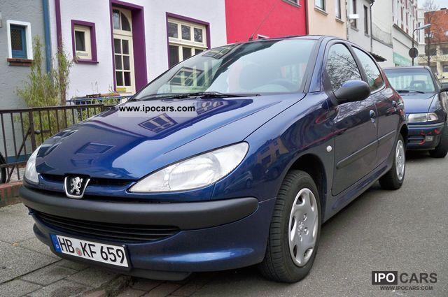 2002 Peugeot  206 60 rogue .. 4 door ... air .. Small Car Used vehicle photo