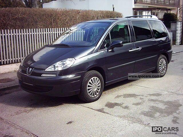 2005 Peugeot  807 HDi 110 Esplanade Van / Minibus Used vehicle photo