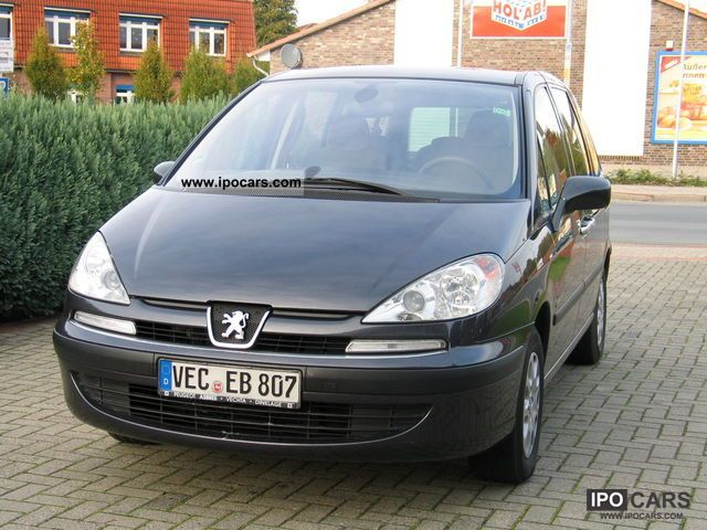 2004 Peugeot  Nav Tech Van / Minibus Used vehicle photo