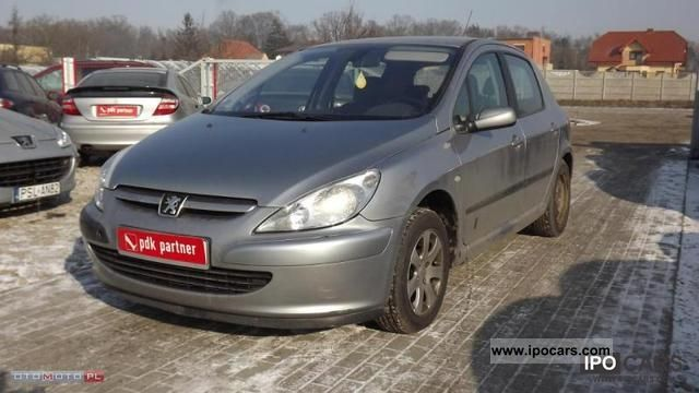 2003 Peugeot  307 2.0 HDI climate control Zarejestro Small Car Used vehicle photo