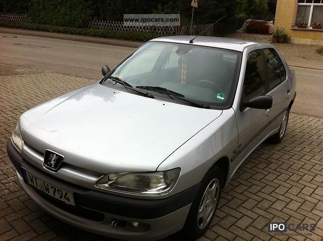 1998 Peugeot  306 XR Limousine Used vehicle photo