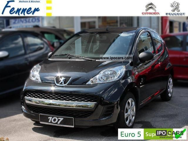 2011 Peugeot  107 Petit Filou 70 3 T-NEW! ESP! + + + + ACTION Limousine Demonstration Vehicle photo