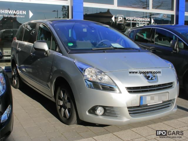 2011 peugeot 5008 2 0 hdi 150 glass roof heated air car photo and specs. Black Bedroom Furniture Sets. Home Design Ideas