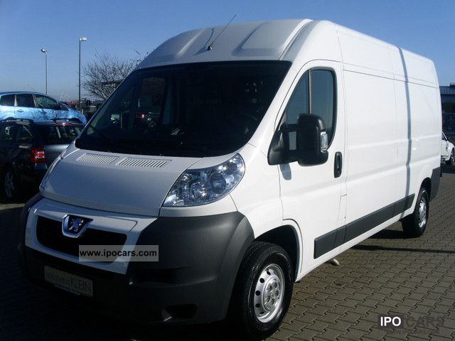 2011 Peugeot  Boxer L3H2 335 HDi120 Other Used vehicle photo