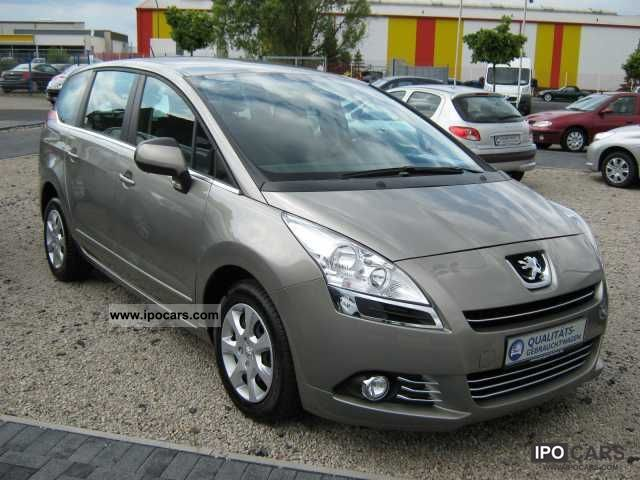 2010 Peugeot  5008 1.6 VTi 120 Premium Van / Minibus Demonstration Vehicle photo