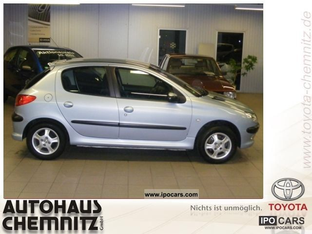 2004 Peugeot  PREMIUM 206 90 5-TRG. 1.4 16 V 5 SPEED Limousine Used vehicle photo