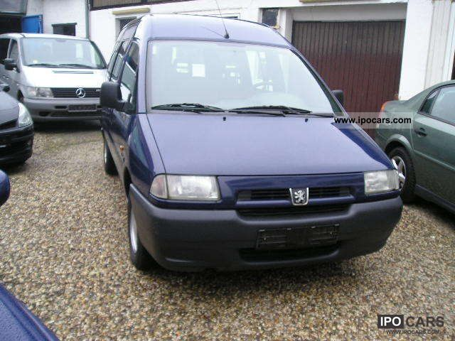 1999 Peugeot  Expert 1.9 TD Comfort 6 - seater + 1 Hand Estate Car Used vehicle 			(business photo