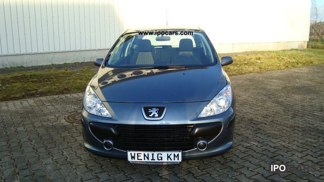 2006 Peugeot  307 90 Grand Filou Cool checkbook gepfl. 39Tkm Limousine Used vehicle photo