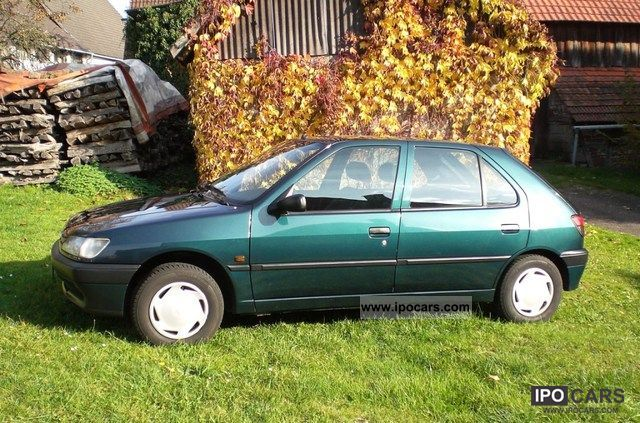 1997 Peugeot  306 Profile Limousine Used vehicle photo