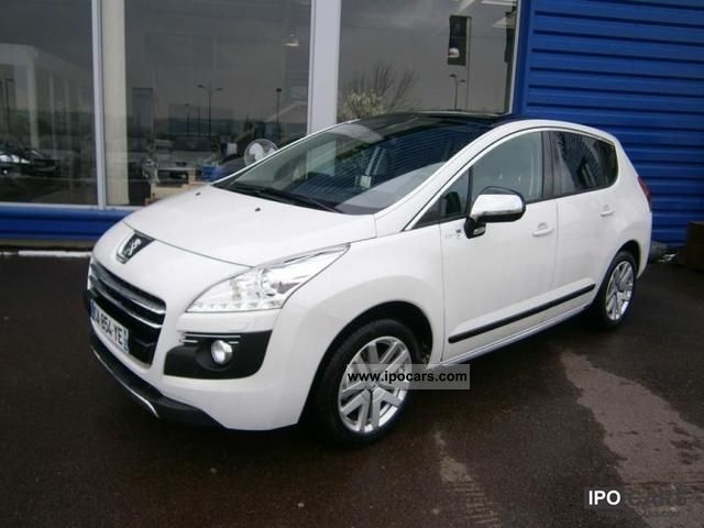 Peugeot  3008 HYbrid4 2.0 e-HDi FAP BMP6 2012 Hybrid Cars photo