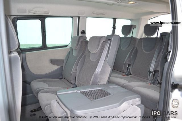 the gallery for renault trafic 9 seater. Black Bedroom Furniture Sets. Home Design Ideas
