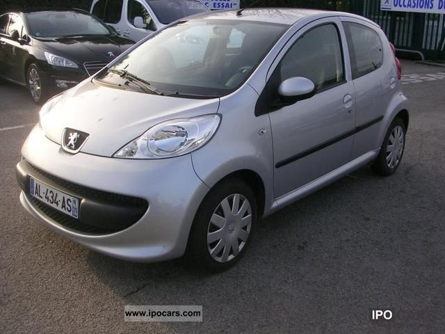 2009 peugeot 107 1 4 hdi trendy 5p car photo and specs. Black Bedroom Furniture Sets. Home Design Ideas